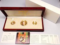 ハローキティ30周年記念金貨3枚セット